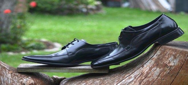حلم الحذاء الاسود في المنام للعزباء