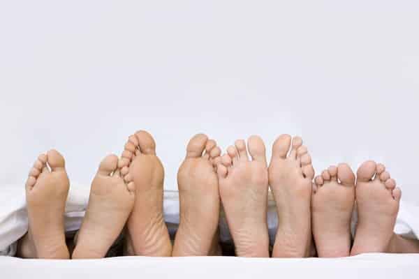 علاج فطريات أصابع القدم الجلدية