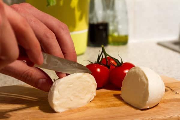 طريقه عمل الجبنة الموتزاريلا