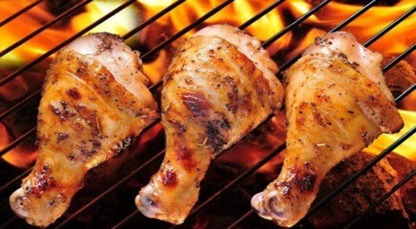 طريقة شوي الدجاج على الفحم