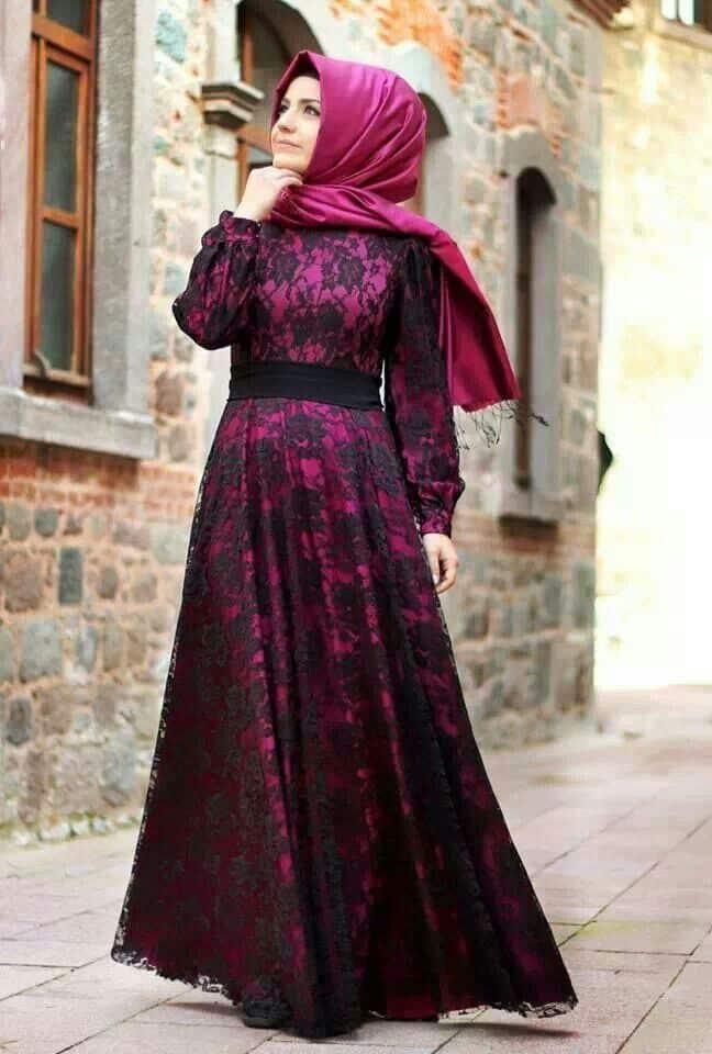 فستان دانتيل للمحجبات