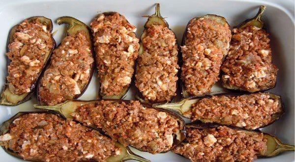 طريقة عمل الباذنجان المحشي باللحم المفروم للشيف حسن